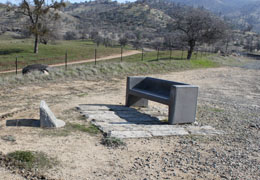 Cross at the Loop, Tehachapi Loop