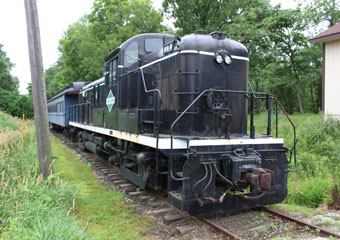 IC Alco RS-3 #704, Monticello Railway Museum
